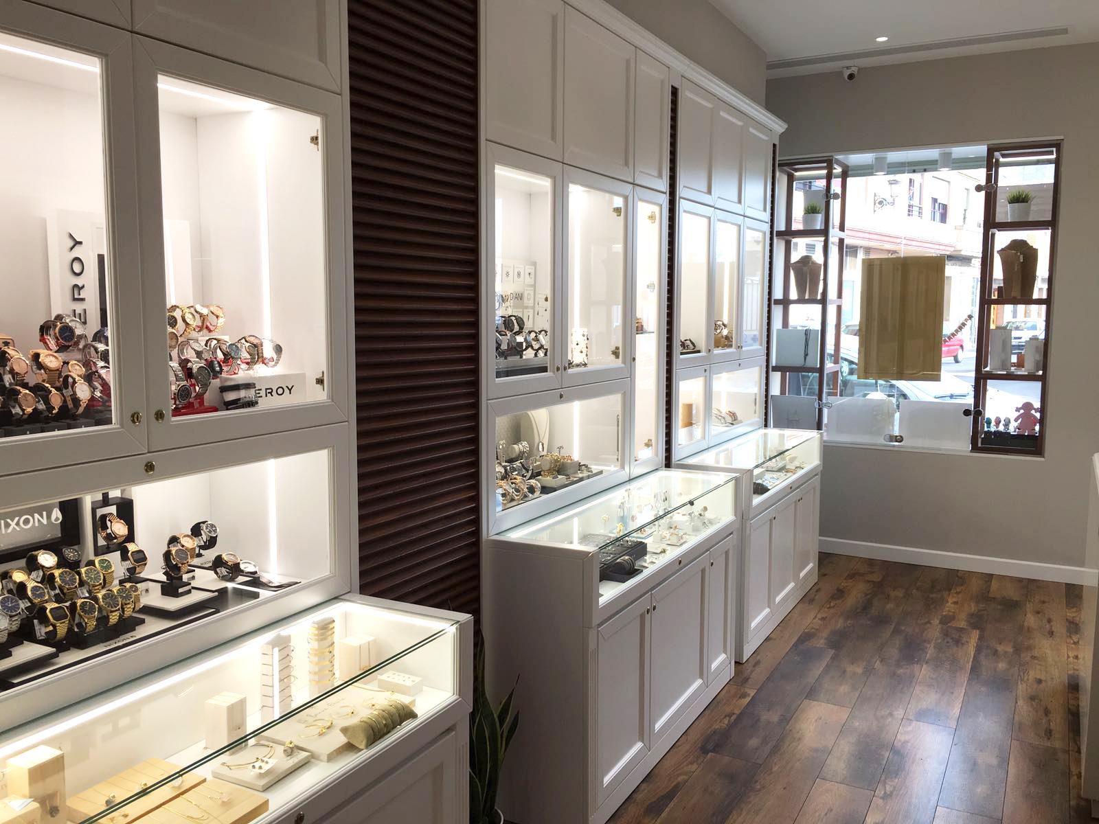 Muebles Joyeria : Emilio rotglá diseño de interiores para joyerías