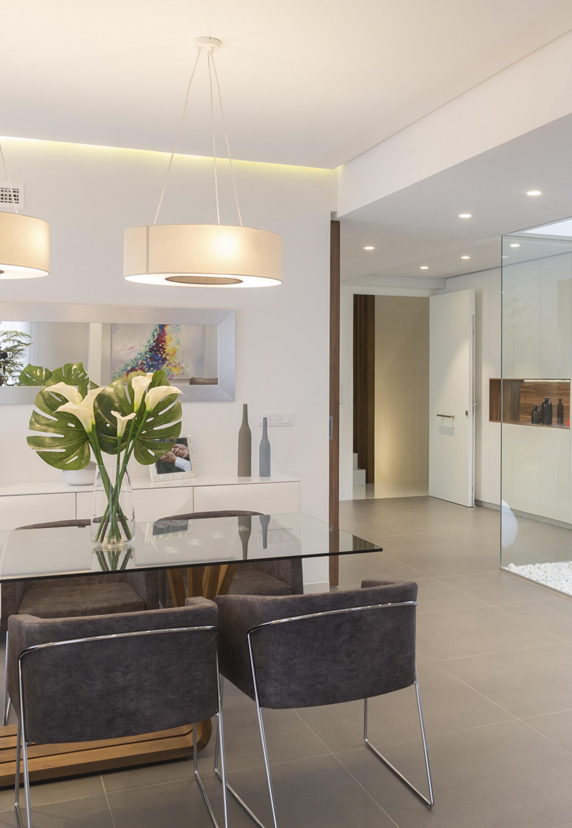 Dise o de interiores e interiorismo comercial y viviendas for Diseno de interiores valencia